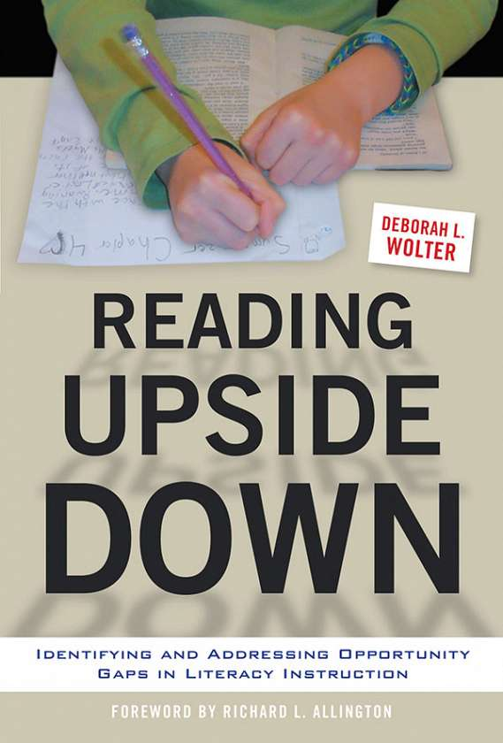 Reading Upside Down 9780807756652