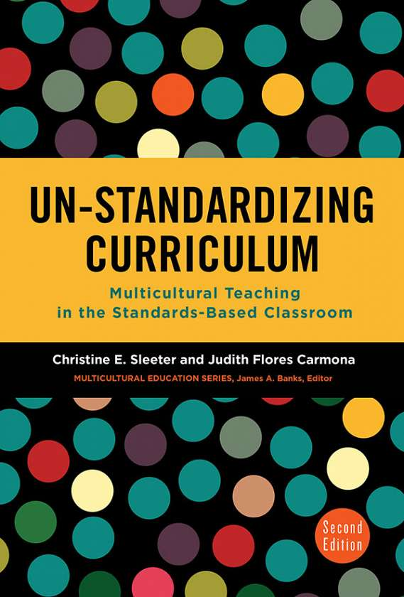 Un-Standardizing Curriculum 9780807758076